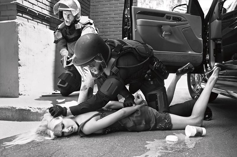 state-of-emergency-steven-meisel_02